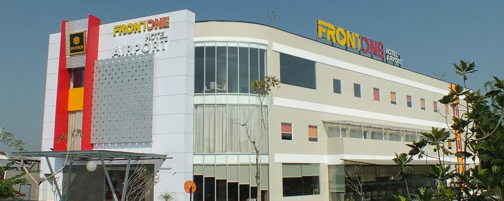 Front One Hotel Airport Solo
